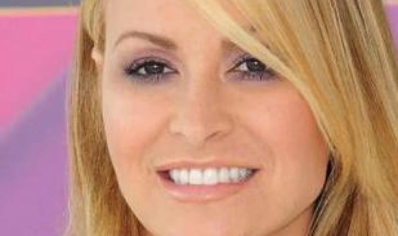 La cantante Anastacia se somete a una doble masectomía: «La detección precoz ha salvado mi vida en dos ocasiones» - Gine4